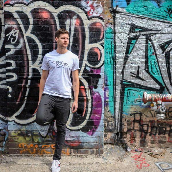 Daniel Bandholtz T-Shirt Bonn Lorem Ipsum 2: Fair, Bio und handbedruckt