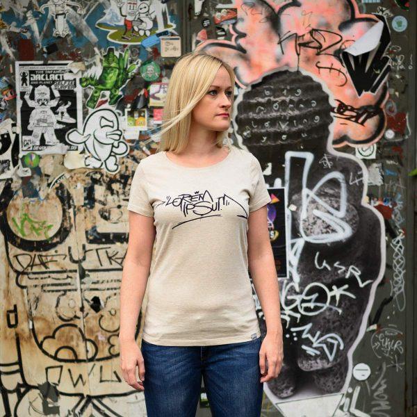 Daniel Bandholtz Bonn T-Shirt Lorem Ipsum Frauen: Fair, Bio und handbedruckt