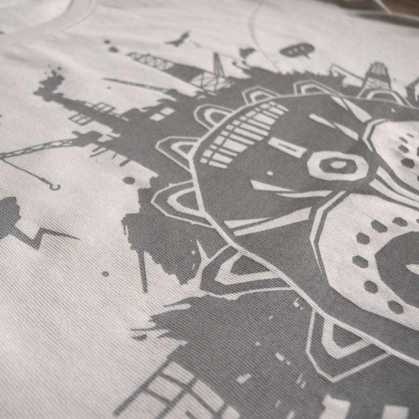 Mother Earth T-Shirt von Daniel Bandholtz aus Bonn: Fair Trade und aus Bio Baumwolle