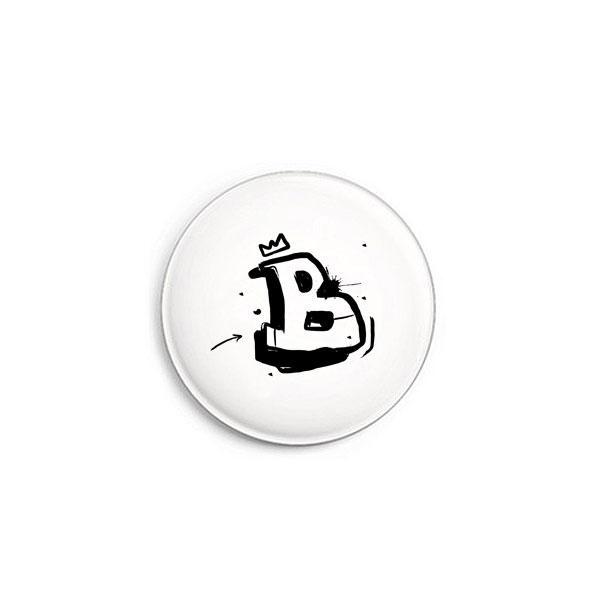 Buchstabe B Graffiti Button von Daniel Bandholtz