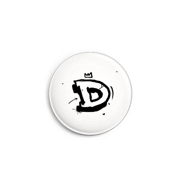 Buchstabe D Graffiti Button von Daniel Bandholtz