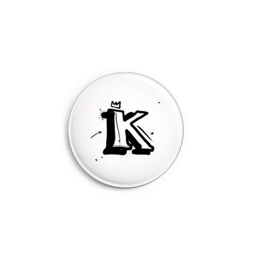 Buchstabe K Graffiti Button von Daniel Bandholtz