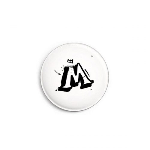 Buchstabe M Graffiti Button von Daniel Bandholtz